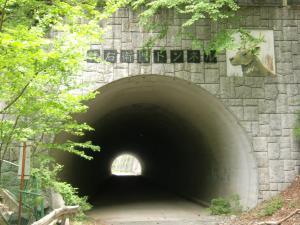 立派な隧道