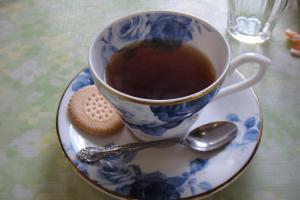 取り敢えず、お茶