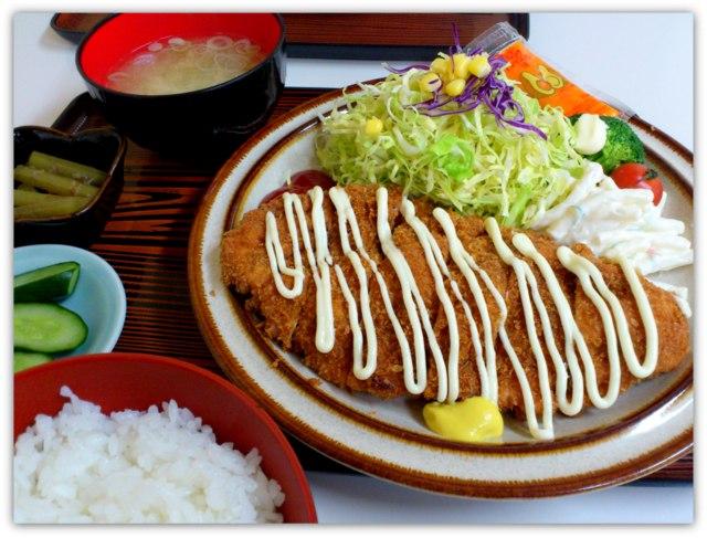 弘前 中野 笑福亭 しょうふくてい マーボハン ジャンボチキンカツ定食