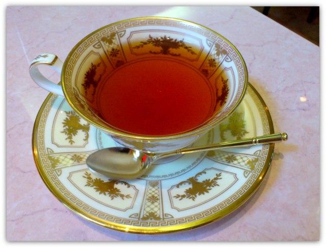弘前 茶房 COCO ココ ケーキセット バナナクレープ 紅茶