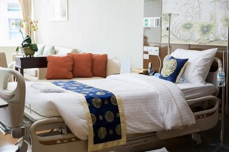 バンコク病院ベッド ヤワラー画像