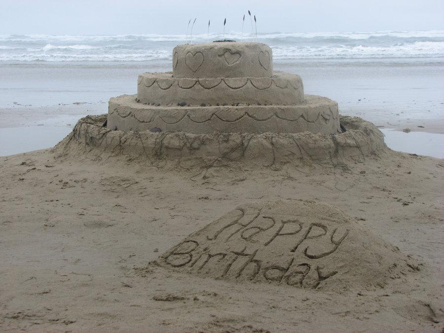 sand_castle___birthday_cake_by_blender_madness-d3juxjk.jpg
