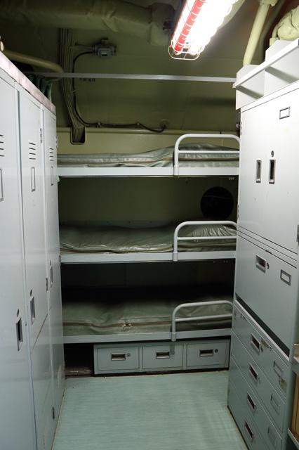 潜水艦の艦内(居住区)