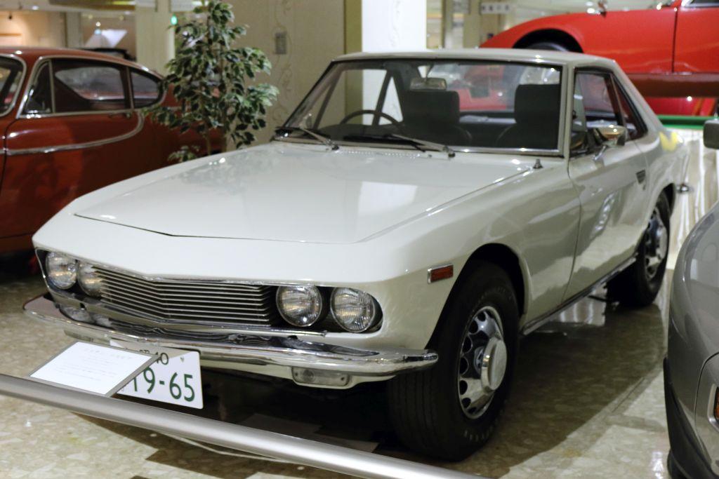 12_Nissan_1965_シルビア