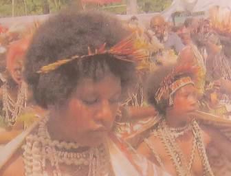PNGの女性は丸顔