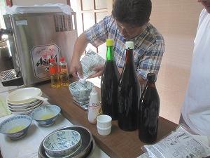 20130728岡谷そば打ち会のそばつゆ講習会 (6)