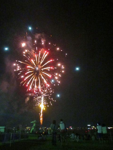 20130813諏訪湖花火 山下夫妻 (40)
