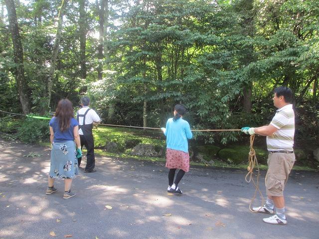 20130909井上部長の森づくり (3)