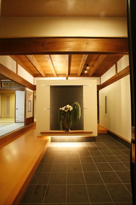 2010I邸