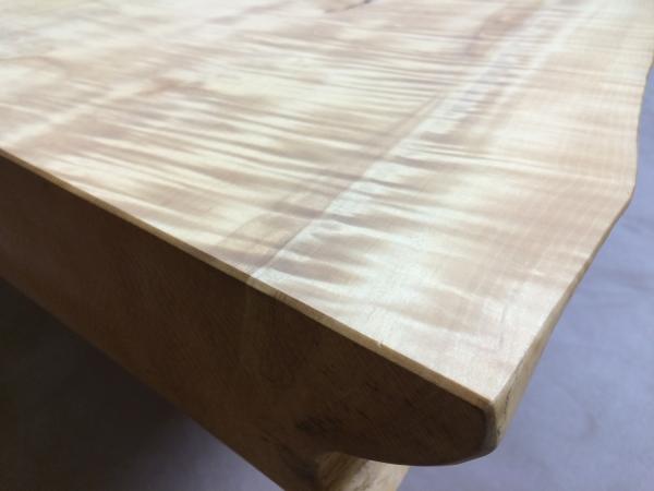 141117-栃のテーブル
