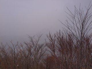 s07うっすら泉ヶ岳
