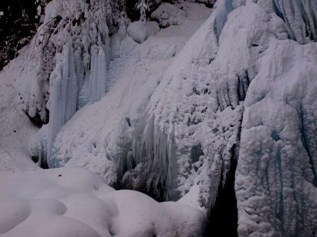 s七滝氷瀑12