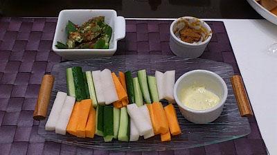 野菜スティック&オクラの梅カツオ和え
