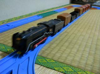 C62+レトロな貨車