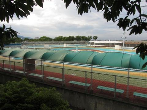 桑名市民プール