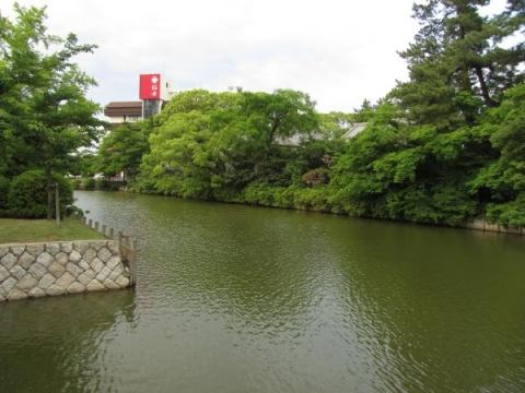 桑名城本丸西側の内堀