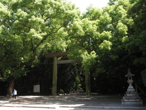 熱田神宮正門(南門)