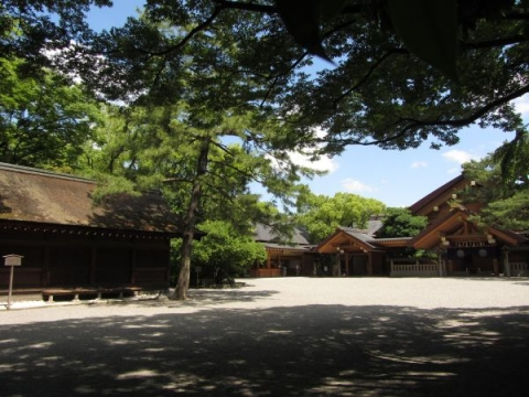 熱田神宮西楽所と神楽殿