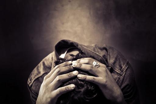 何故、若者は自殺したいと思うのか?