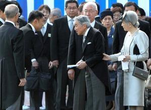 山本太郎が天皇に手紙渡したのって何が問題なの?