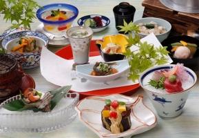 世界「日本食は野菜は多いが塩分が多いのが身体に悪い」←ん?