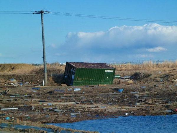 東日本大震災で津波で死に掛けたけどなにか質問ある?