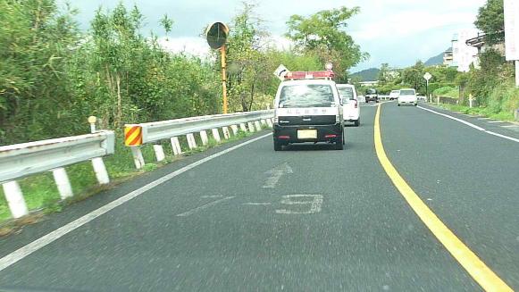 131113 車間距離義務違反 鳥取警察署294(1)(1)