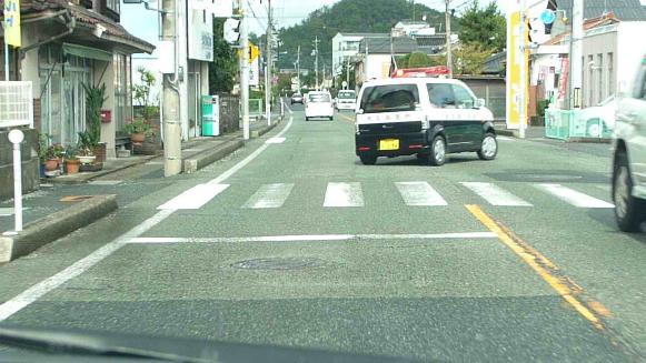 131113 車間距離義務違反 鳥取警察署294(3)(1)