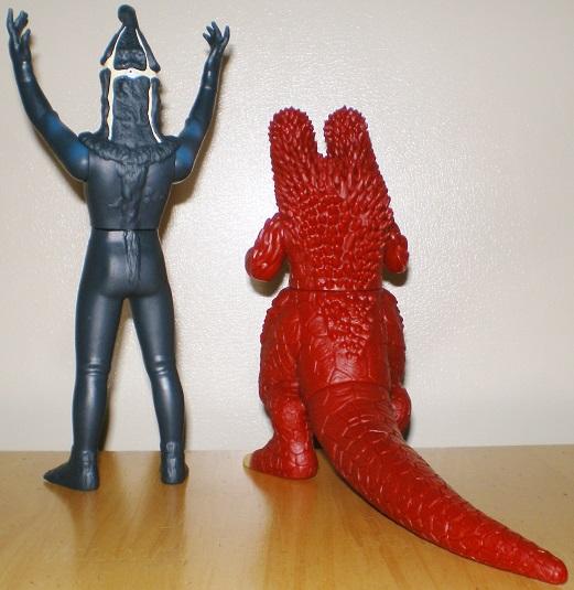 ウルトラ怪獣500 ケムール人、キングパンドン0