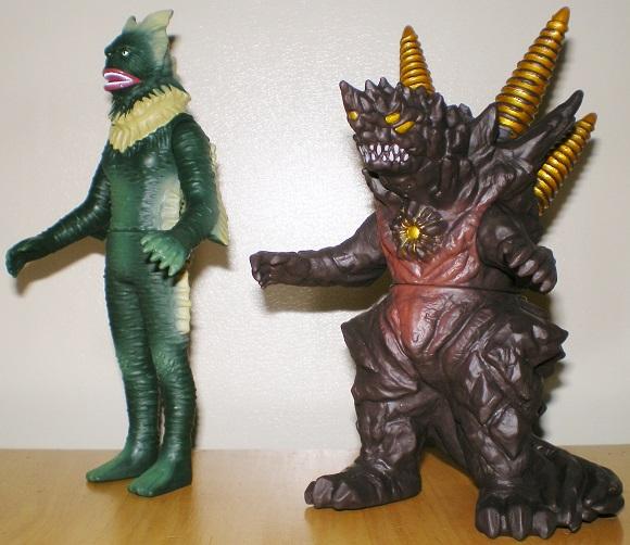 ウルトラ怪獣500 ラゴン、サンダーダランビア