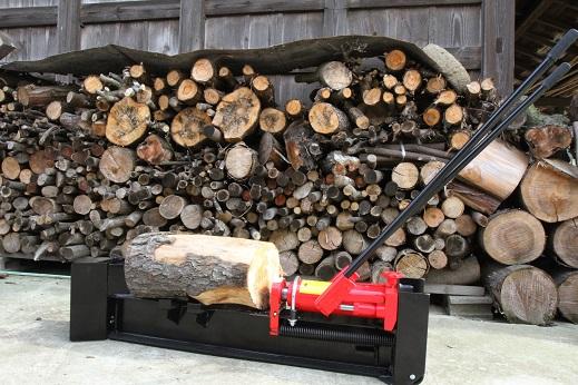 薪作りに挑戦 (3)