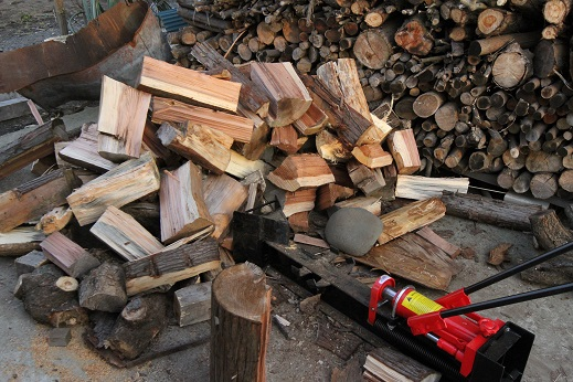 薪作りに挑戦 (8)