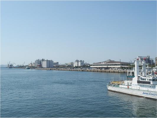 姫路港出航