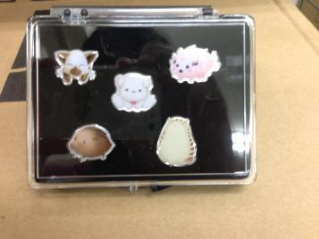 animal_pins.jpg