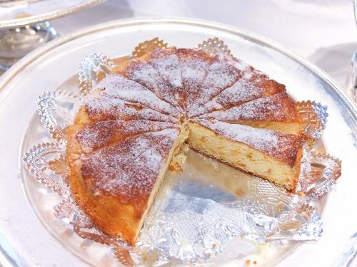 11オレンジケーキ?@OKURA FRONTIER HOTEL EBINA