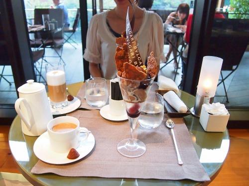 テーブル@BVLGARI IL CAFE