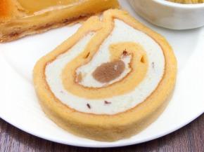 栗のロールケーキ02@東京ベイ舞浜ホテル FINE TERRACE 2013 秋の味覚スイーツビュッフェ