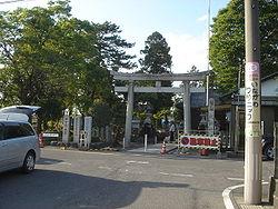 250px-Kagano-Hachiman-_Jinjya01.jpg