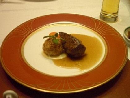 ステーキとカレー風コロッケ001