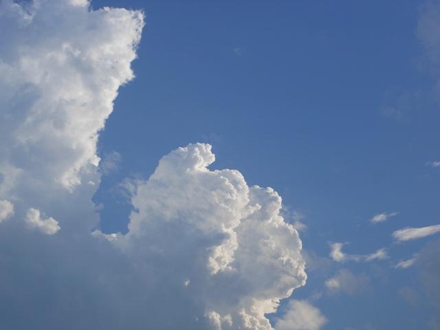 雲20130707002