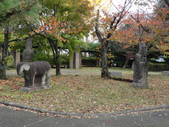 2014年11月16日 京都国立博物館 石人像 動物