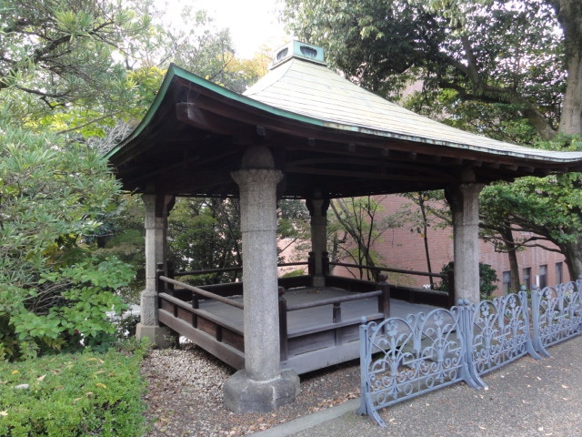 2014年11月16日 京都国立博物館 望柱石でできた亭子
