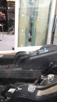 持ち込んだギター