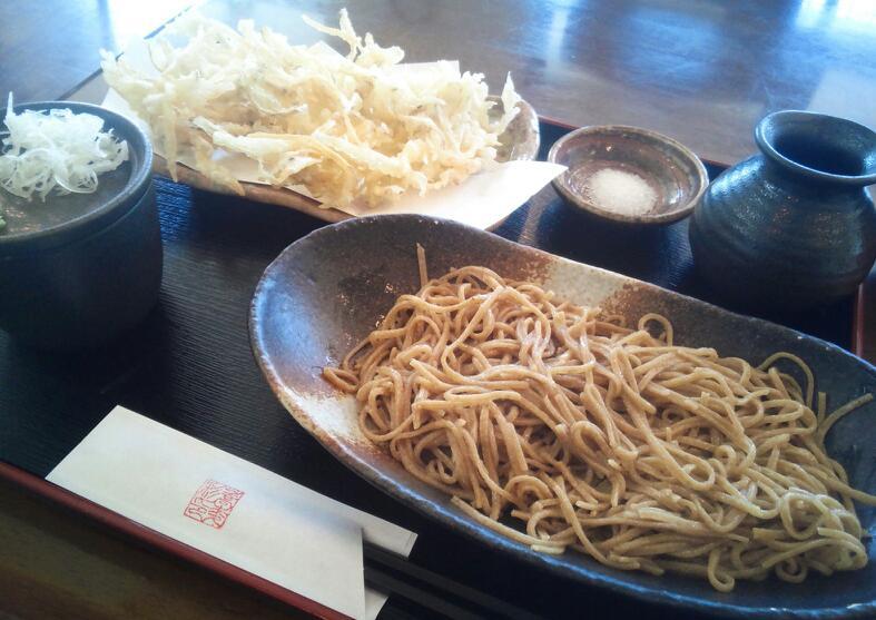 蕎麦彩のごぼう天ざる・みかん風味