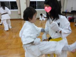 20131113 250 中筋本部 組手稽古 マユカvsユウマ