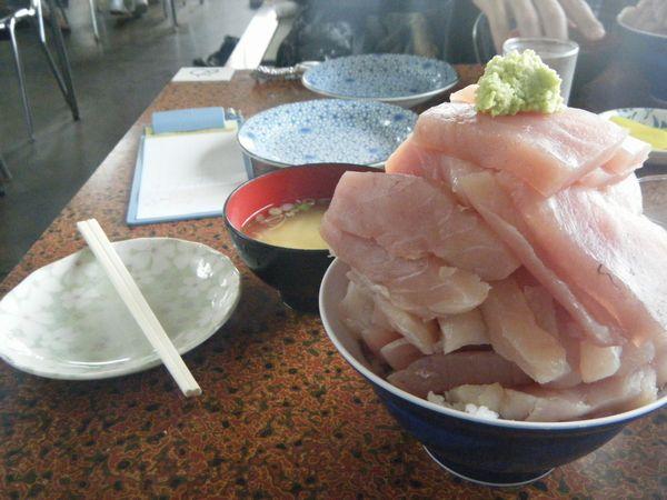 マグロ丼@鶴亀屋食堂