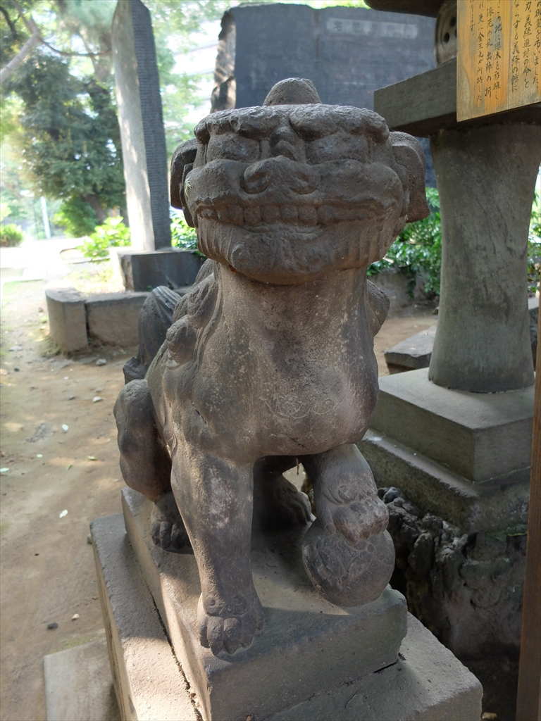 金王丸影堂に奉納された狛犬_1