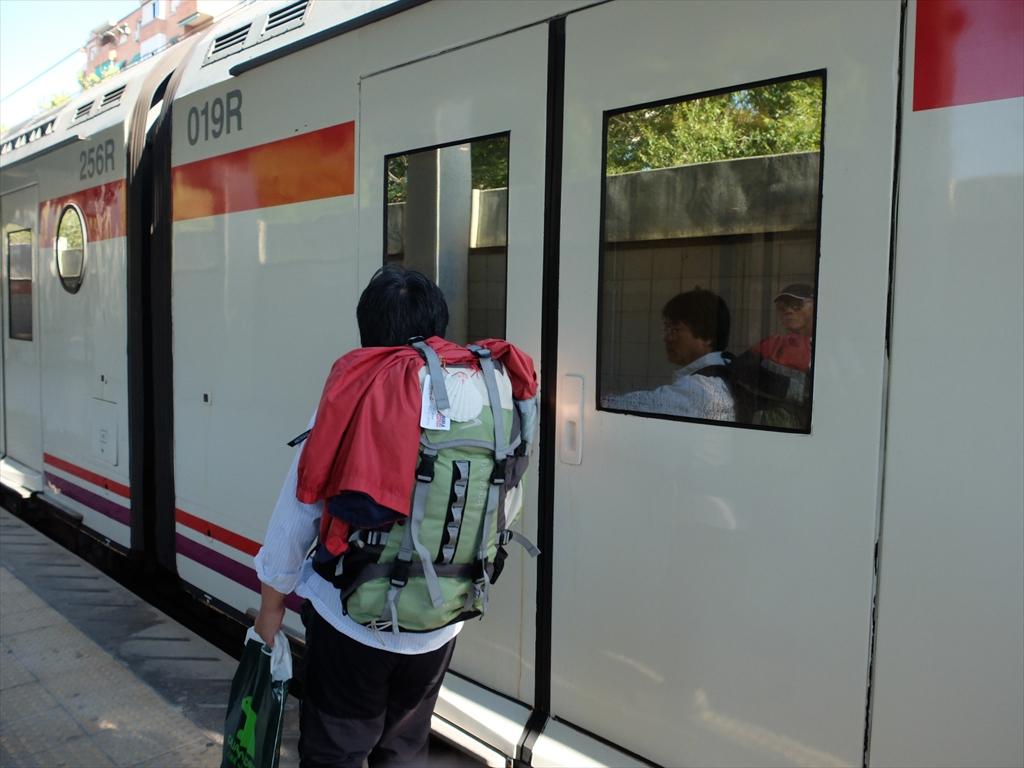 renfeの方のデリシャス駅にて_3