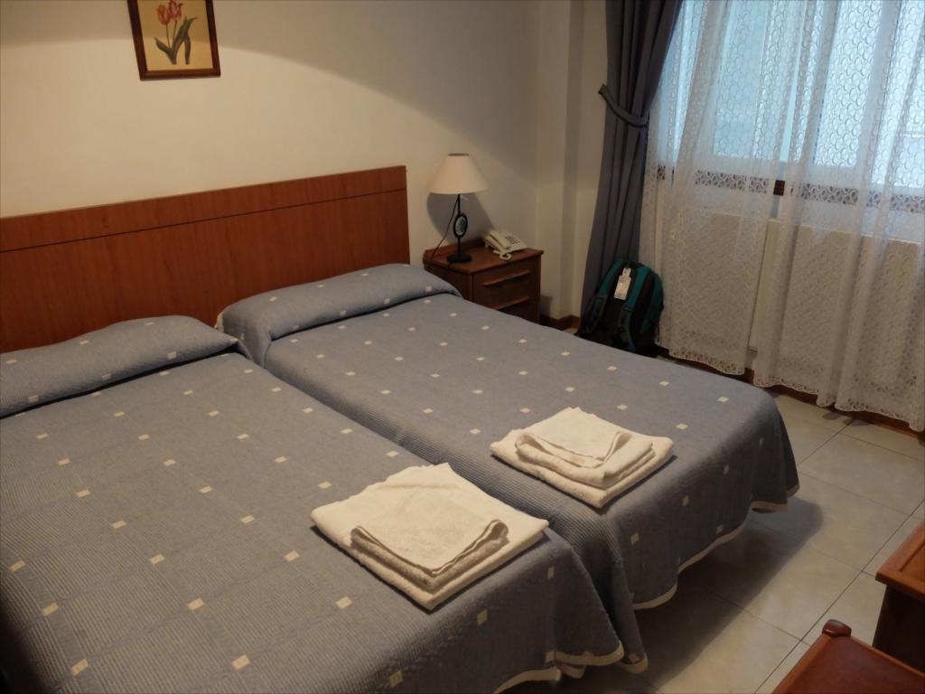 ホテルの部屋_1