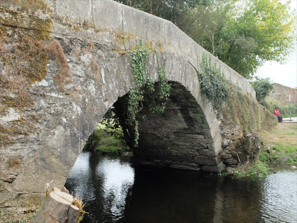 リバディソのこの橋もまた中世の橋だ_3